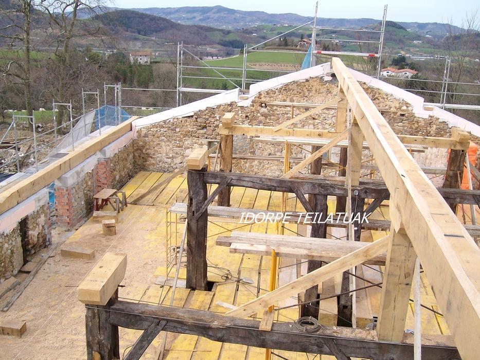 Tejados idorpe idorpe for Tejados de madera bizkaia
